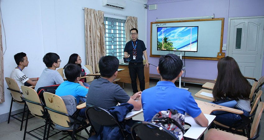 "Workshop on ""Presentation Skills"" for AEP 1 students"